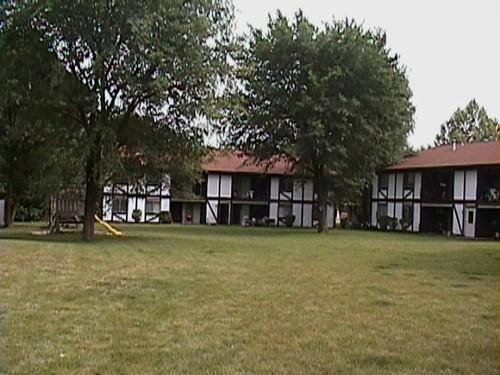 Tudor Apartments Morris Il